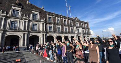 Alebrijes en Cuadratines: Semana de entendibles protestas de mujeres