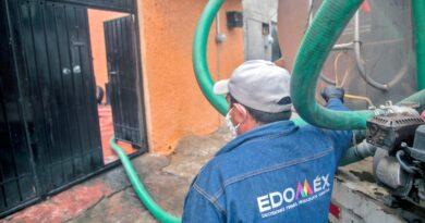 APOYA CAEM CON AGUA POTABLE A FAMILIAS AFECTADAS POR EL CORTE DE AGUA EN LA ZONA ORIENTE DEL VALLE DE MÉXICO