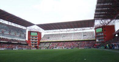 Maullidos Urbanos / Apertura de estadios